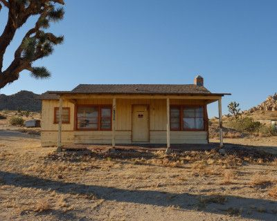 Rustic Cabin w/ Views to Desert Valley, Lancaster, CA