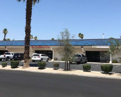 Showroom/Office/Warehouse Space for Lease
