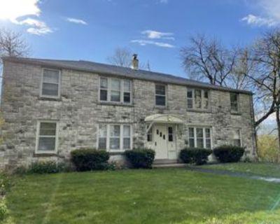 2033 North Cambridge Avenue, Milwaukee, WI 53202 2 Bedroom Apartment