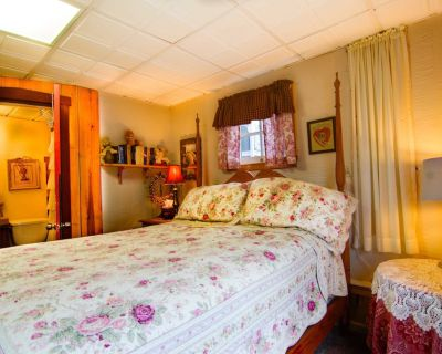 Lily Garden Bed and Breakfast - Harpers Ferry