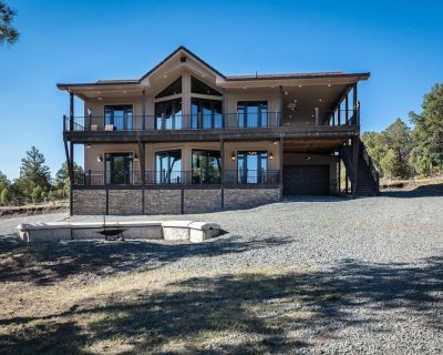 Running Wild, secluded, pool table, hot tub, helo pad- this one has it all!!!! - Ruidoso