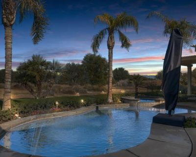 4 Bdrm, Huge Pool, Covered Patio on Greg Norman Course - La Quinta