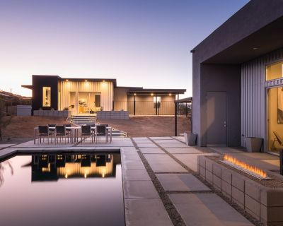 Luxury Desert Retreat with Pool, Spa, and Casita - Joshua Tree