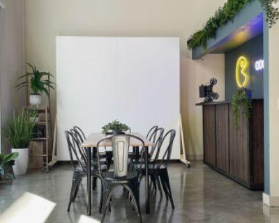 Quiet Industrial Loft in DTLA art district for meetings, los angeles, CA