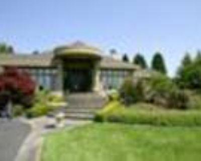 Unparalleled Estate of Exquisite Perfection....