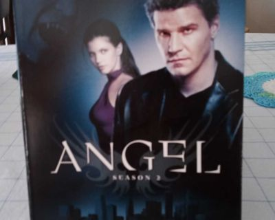 DVD Angel Season Two. Contains 6 DVD'S.