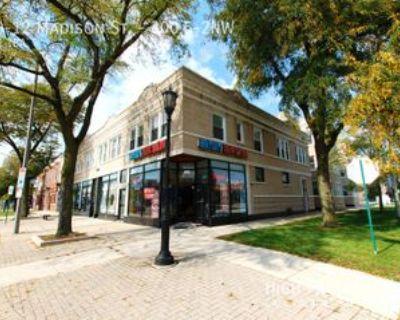 300 Madison St #12, Oak Park, IL 60302 1 Bedroom Apartment
