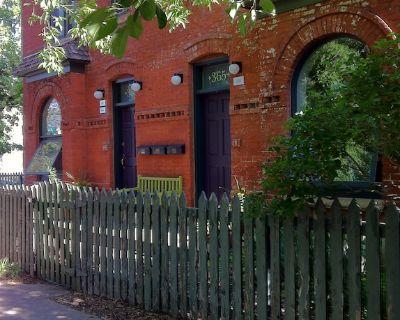 Hip, Urban, Comfortable Apt. in Quiet Historic Neighborhood. Perfect for couples - Baker