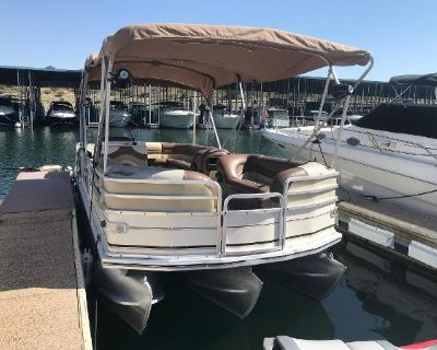 2001 Sun Tracker PARTY BARGE 22 Regency Edition