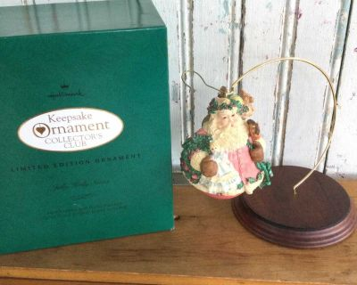 1994 Hallmark Keepsake Ornament Collector's Club Limited Edition Jolly Holly Santa
