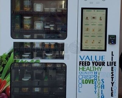 (5) 2017 Magex Healthy Salad Wraps and Snacks Glassfront Vending Machine