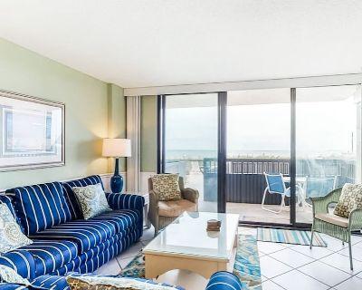 Sea Colony1st Floor Ocean Front, 3 Beds & 2 bath sleeps 8 - Bethany Beach