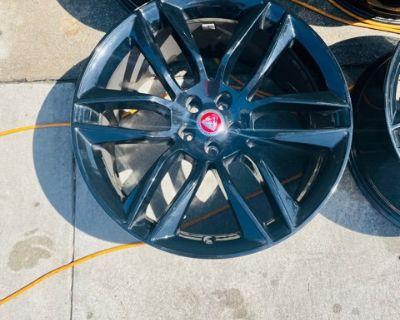 "Jaguar Gyrodyne 20"" F-Type R OEM Gloss Black Wheels"