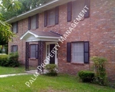 2 Bedroom/ 1 Bath Apartment For Rent Close to the Truman Parkway, SSU, and Myers Middle