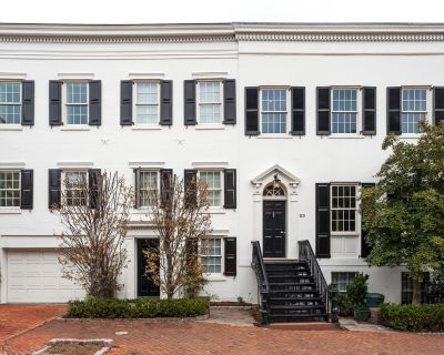 House for Sale in Washington, District of Columbia, Ref# 2716370
