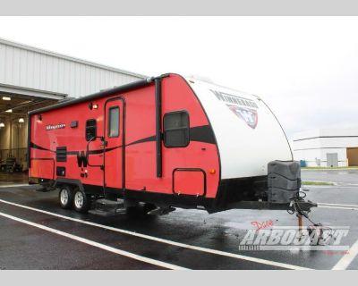 2015 Winnebago Industries Towables Minnie 2201 DS