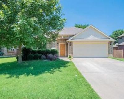 912 Tara Dr, Burleson, TX 76028 3 Bedroom Apartment