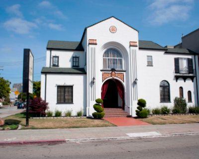 Mosswood Chapel in Lower Temescal, Oakland, CA