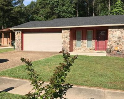 CLEAN Little Rock Home Near Med District