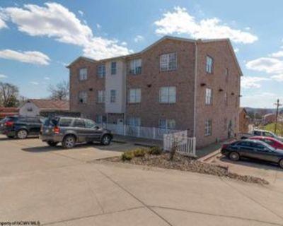 2700 University Ave, Morgantown, WV 26505 3 Bedroom Apartment