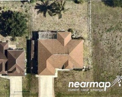 3 Bed 2.0 Bath Preforeclosure Property in Cape Coral, FL 33990 - SE 1st St