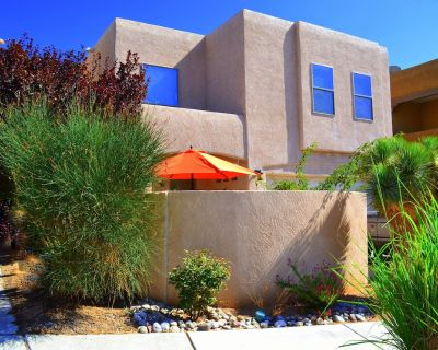 SW STYLE/BREATHTAKING VIEWS & 8 Min. to OLD TWN~WOW REVIEWS/Long Term SPECIALS - La Luz Del Sol