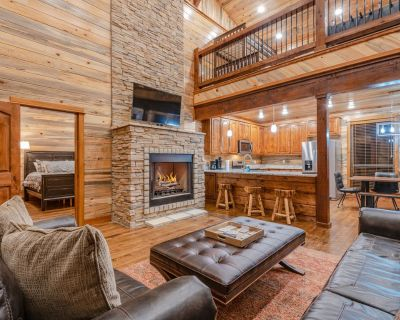 Brand New! Tall Chief Cabin 2 Br; 3 Bth; Loft; Sleeps 12; Fire Pit; Balcony! - Hochatown