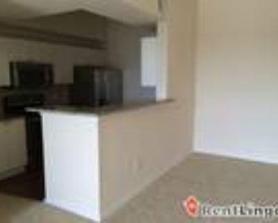 1 bedroom 581 Calla Court