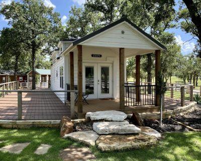 #9 Zion - 1 Bedroom Cottage - Fredericksburg