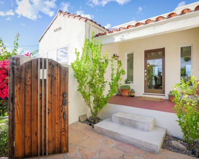 Hillside Home with Sweeping Views & Easy Access to Downtown L.A. - Montecito Heights