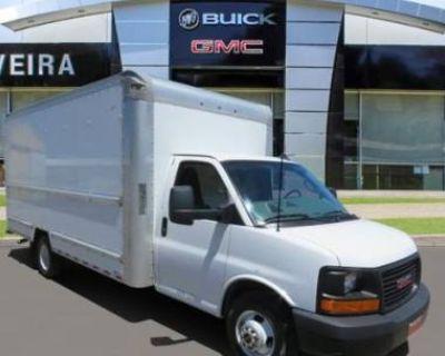 2017 GMC Savana Commercial Cutaway 3500