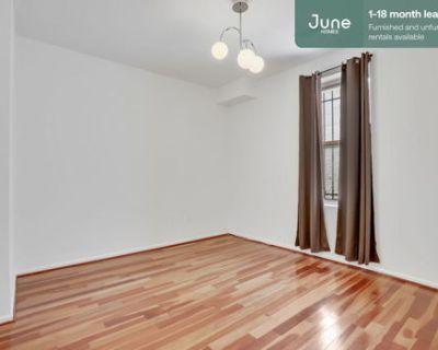 #448 Full room in NoMa 3-bed / 1.5-bath apartment