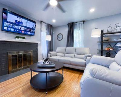 4 Bedroom Remodeled House Near Niagara Falls - Niagara Falls