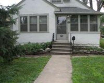 1065 25th Ave Se, Minneapolis, MN 55414 4 Bedroom Apartment