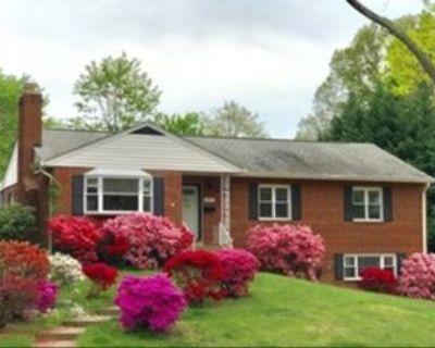 3203 Patrick Henry Dr, Lake Barcroft, VA 22044 4 Bedroom House