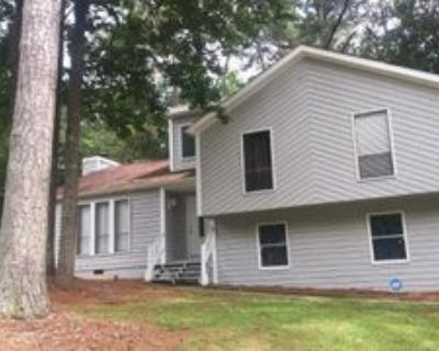 1372 Pixley Dr, Riverdale, GA 30296 3 Bedroom Apartment
