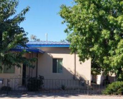 705 Atlantic Ave Sw, Albuquerque, NM 87102 2 Bedroom House