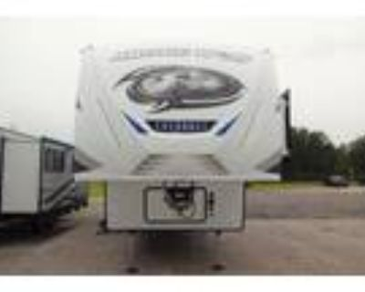 2022 Forest River Cherokee Arctic Wolf 3550SUITE