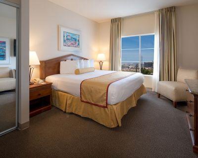 Las Vegas Club De Soleil 2 Bedroom Suite - Spring Valley