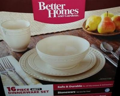 New / Better Homes / 16 Piece Amity Collection Dish Set