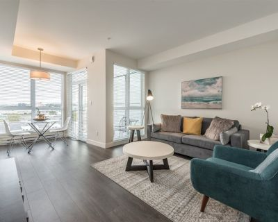 Bright and Comfortable 1 BR Condo in the Heart of Historic Chinatown - Downtown Victoria