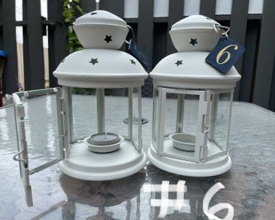 Lanterns w/ navy table number tags x12