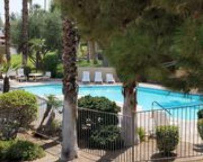 2810 N Arcadia Ct #214, Palm Springs, CA 92262 1 Bedroom Condo