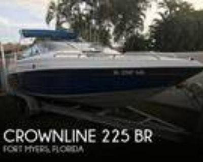 22 foot Crownline 225