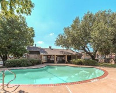 3144 Blue Crescent St, Fort Worth, TX 76116 1 Bedroom Condo