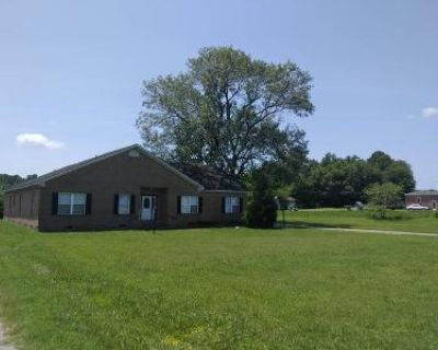 4 Bed 3 Bath Foreclosure Property in Smithfield, VA 23430 - Old Stage Hwy