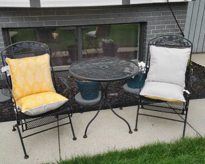 Patio set - 2 chairs one table and cushins