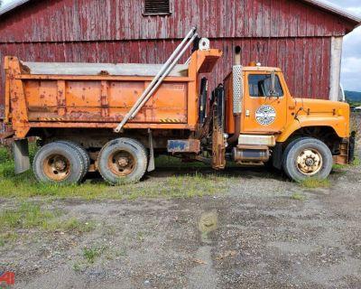 2002 INTERNATIONAL 2674 Dump Trucks Truck