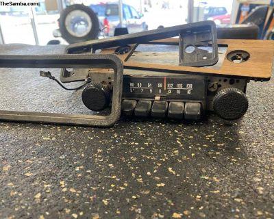 1973 Super Beetl AM/FM Radio