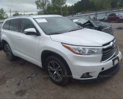 Salvage Gray 2016 Toyota Highlander